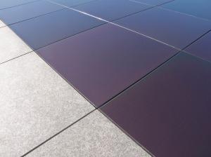 Onyx y Butech desarrollan el primer suelo fotovoltaico del mercado