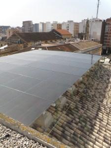 Atrio ventilado fotovoltaico en el Ayuntamiento de Alzira