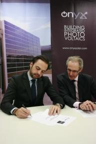 Alvaro Beltrán y Francesco Pinton, representantes de Onyx Solar